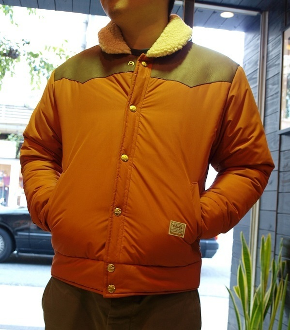 CALEE HIGH FUNCTIONING QUILTED NYLON JACKET ダウンジャケット.JPG